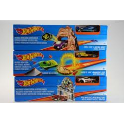 Hot Wheels Sada ohromný skok DNN77